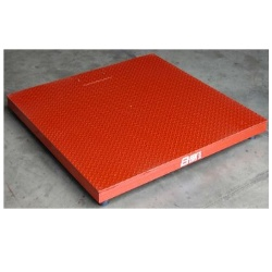 b-tek 4-Square floor scale for weighing pallets